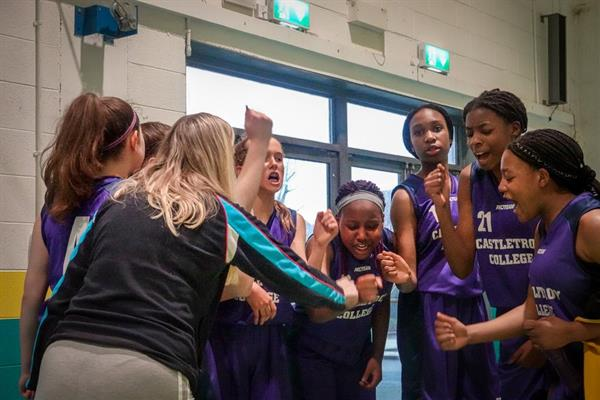 U16 Girls qualify for All Ireland Quarter Finals.